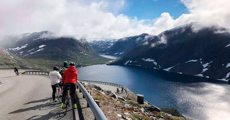 Sognefjellet by bike, Norway