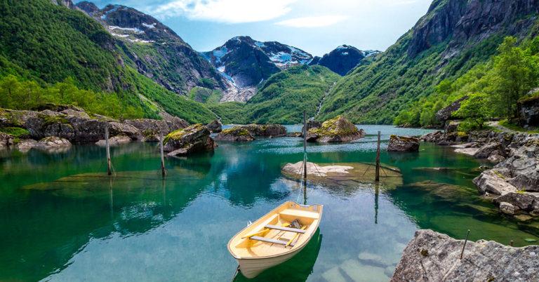 Bondhusvatnet, Rosendal, Norway